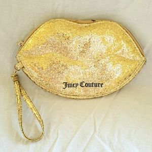 💫 JUICY COUTURE WRISTLET / CLUTCH / PURSE WITH PORTABLE PHONE CHARGER 💫